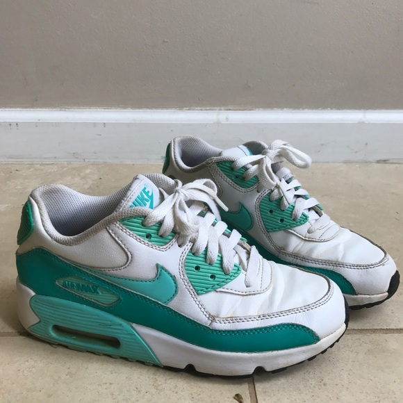 online store d5fe9 c6d1c Nike Air Max 90 Light Blue and White. M 5b2fe343aa8770baf544e440